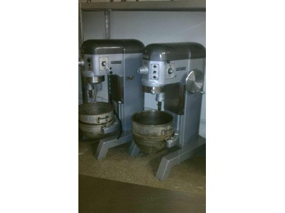 HOBART 60 Qt Mixer - W/ Attachements -
